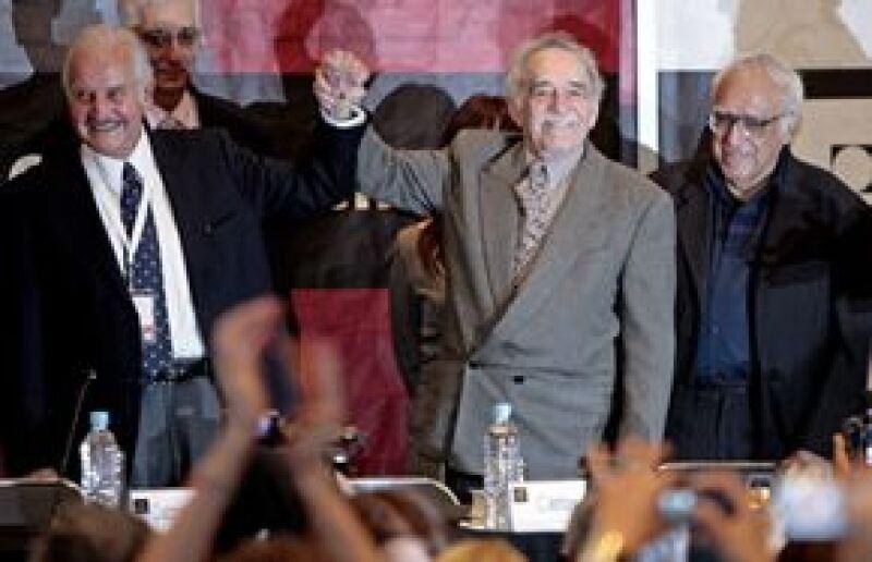 A pesar de que no pronunció palabra, el Nobel de Literatura colombiano Gabriel García Márquez fue el más aplaudido durante el acto principal del homenaje que rinde la XXII Feria Internacional del Libro (FIL) de Guadalajara al escritor mexicano Carlos Fuen