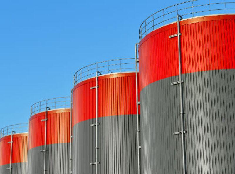 almacenamiento de combustibles