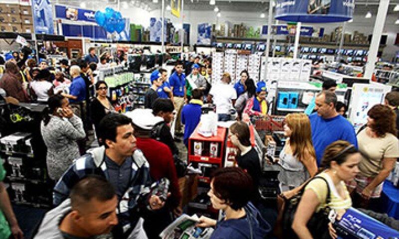 Este año algunas tiendas abrirán sus puertas desde las 8 pm del jueves.  (Foto: Cortesía CNNMoney)