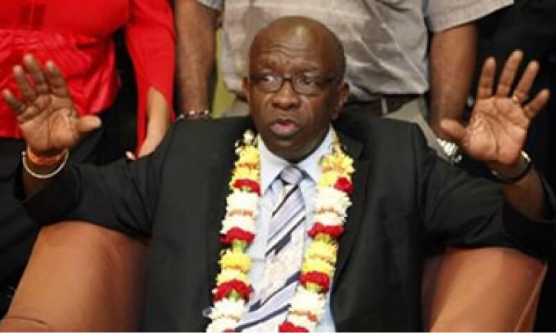 Jack Warner fue acusado de comprar votos relacionados con la campaña del candidato a presidente de la FIFA, Mohammed Bin Hammam. (Foto: Reuters)