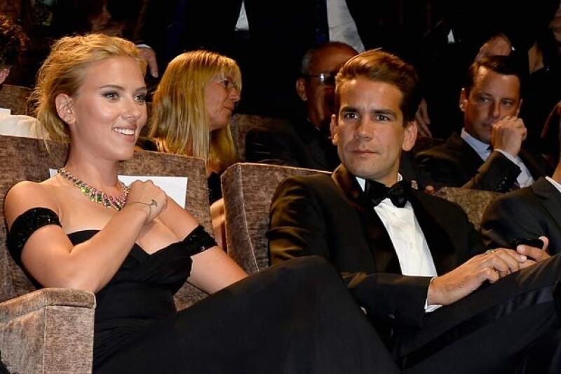 La versión en línea de People confirmó que el hermoso diamante que lució la actriz en el Festival Internacional de Cine es símbolo de su compromiso con Romain Dauriac.
