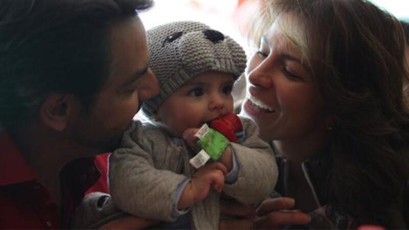 Vadhir, Aislinn y Mauricio Ochmann han hecho uso de sus redes sociales para felicitar a la hija de Alessandra Rosaldo en su primer año de vida.