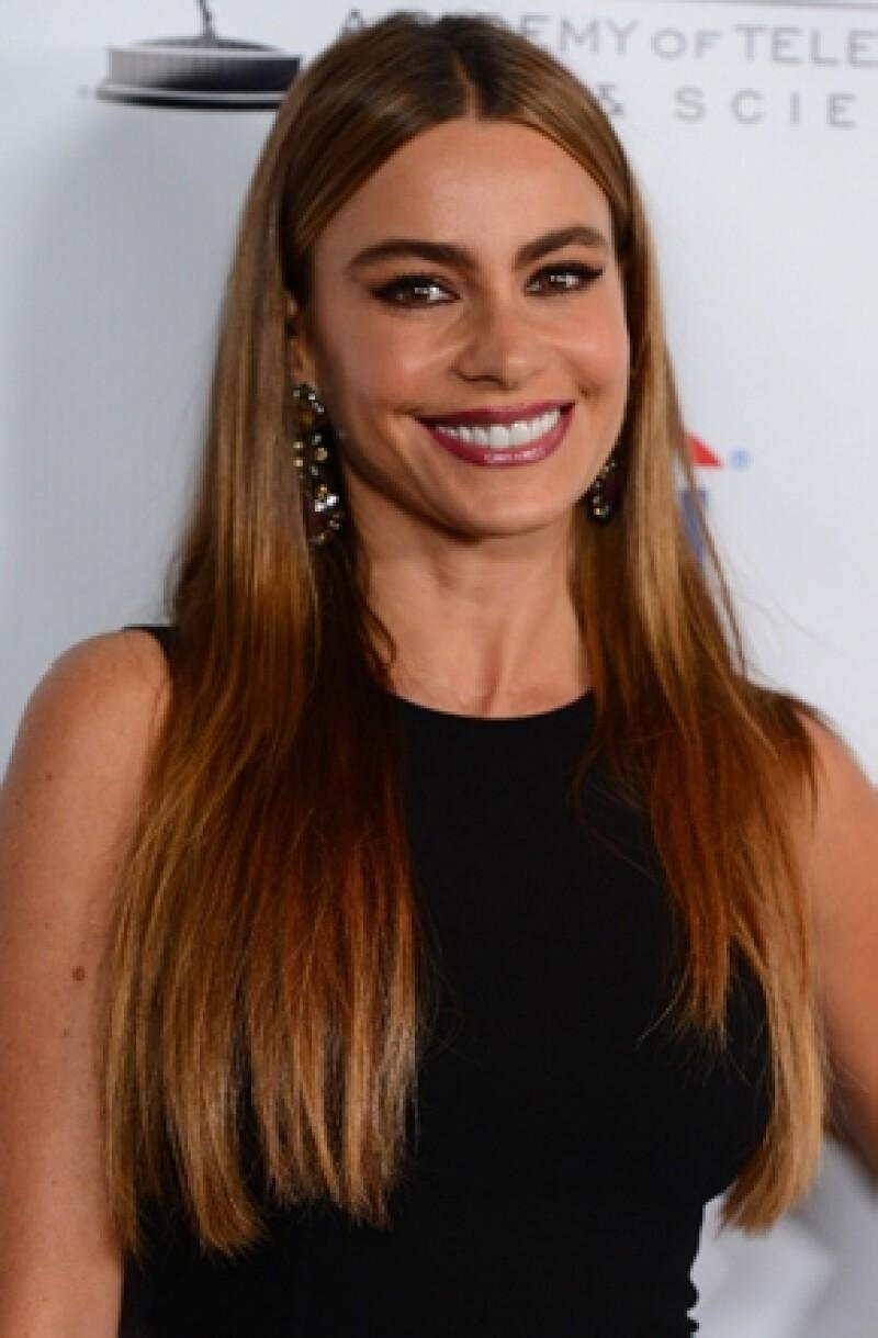 Por segundo año consecutivo la colombiana encabeza la lista de las actrices mejor pagadas de la TV estadunidense, con 30 millones de dólares al año.