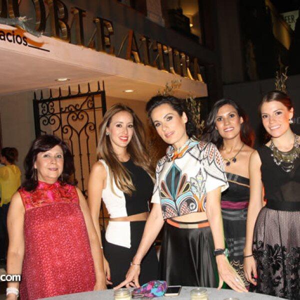 Laura Fierro,Paola Moreno,Sofia Barragan,Ivette Salgado y Marifer Moreno