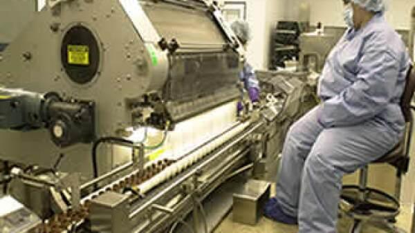 La maquinaria para empaque debe operar a bajo costo y tener flexibilidad en sus funciones. (Foto: AP)