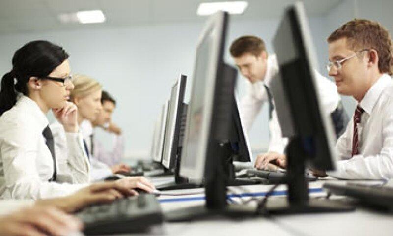 Las nubes informáticas pueden ayudarte a recortar costos por manejo de información. (Foto: Photos to Go )