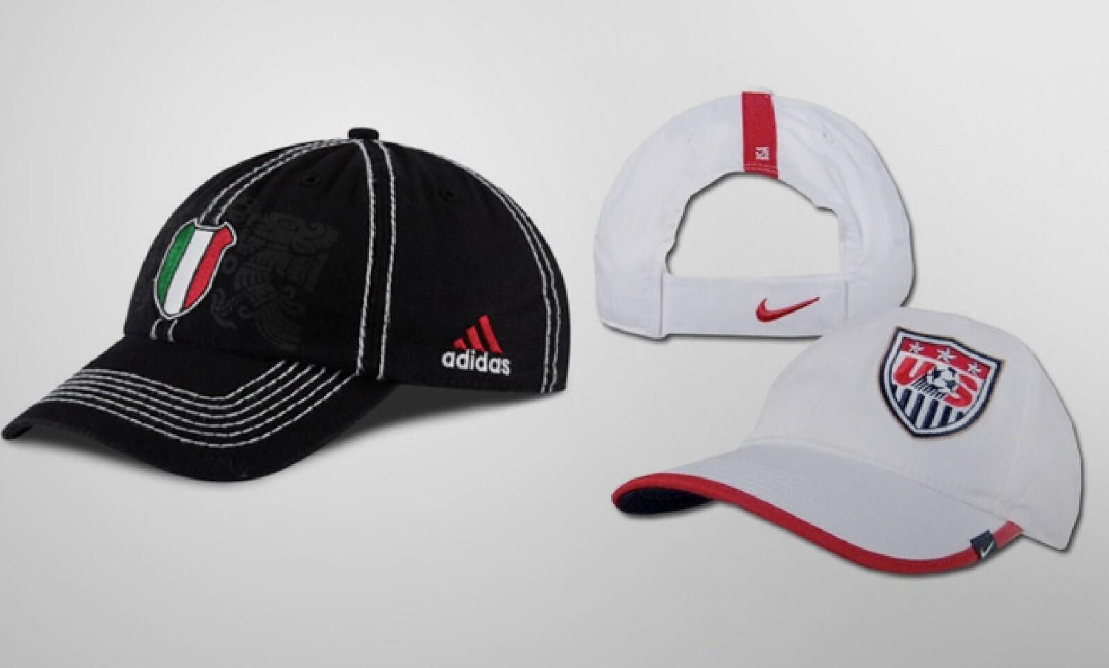 Una gorra del equipo mexicano cuesta 15 dólares, mientras que el accesorio del equipo estadounidense 12 dólares.