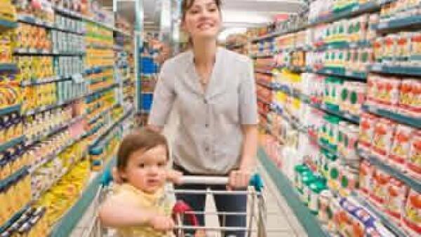 madre-bebe-nacer-supermercado