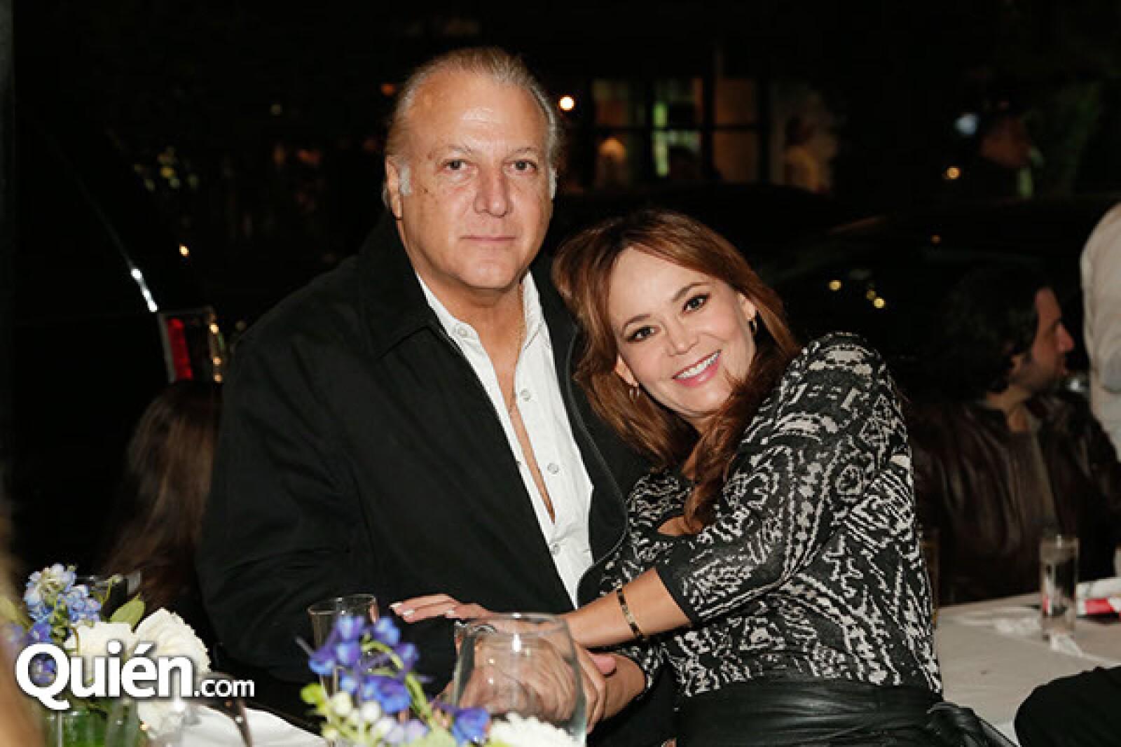 Antonio Castañón y Leticia Echeverría