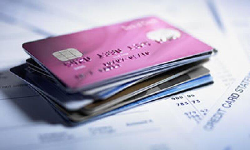 Los usuarios podrán comparar costos y comisiones de las tarjetas de crédito que tienen contratadas. (Foto: Getty Images)