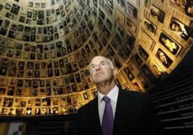 El Gobierno de George Papandreu opina que pedir una reestructuración causará temor entre los tenedores de bonos. (Foto: Reuters)