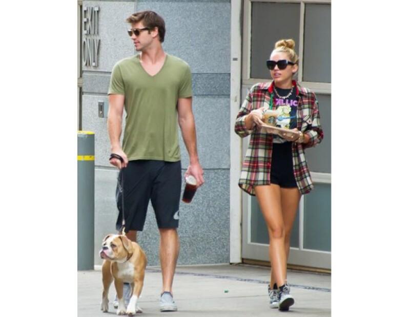 Aunque la pareja de la intérprete, Liam Hemsworth, ya le propusiera matrimonio a principio de verano, Miley dijo que ya se siente como si estuviera casada y que no necesita formalizar su relación.