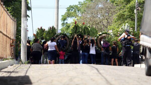 Entierro en El Salvador