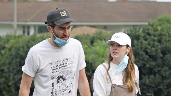 Dave McCary y Emma Stone