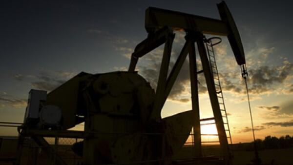 El petróleo para octubre subió 58 centavos, o 0.6%, a 96.84 dólares. (Foto: Thinkstock)
