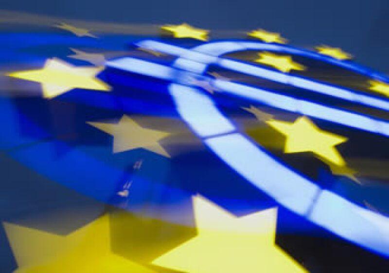Irlanda gastará cerca de 29,000 millones de euros en rescatar a varias entidades financieras. (Archivo)