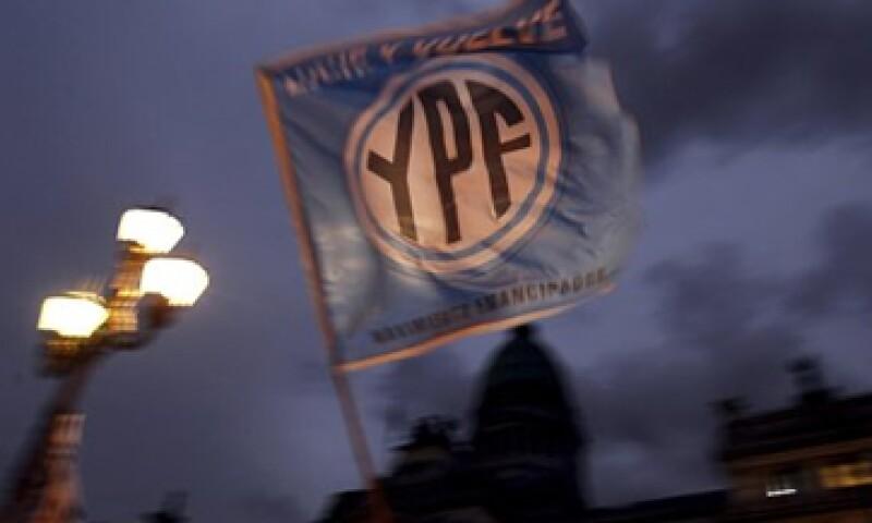 Grupo Petersen se quedará con el 25.46% de YPF si se aprueba la expropiación de la petrolera.  (Foto: Reuters)