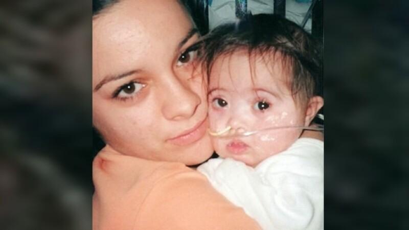 Jessica Melville y su bebe