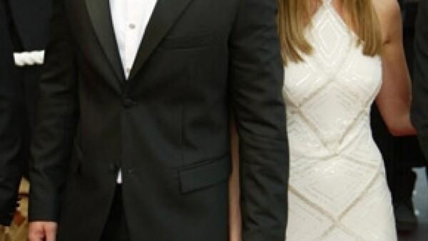 El actor habló con su ex esposa para expresarle cuán encantado estaba por su próximo enlace matrimonial con el actor Justin Theroux.