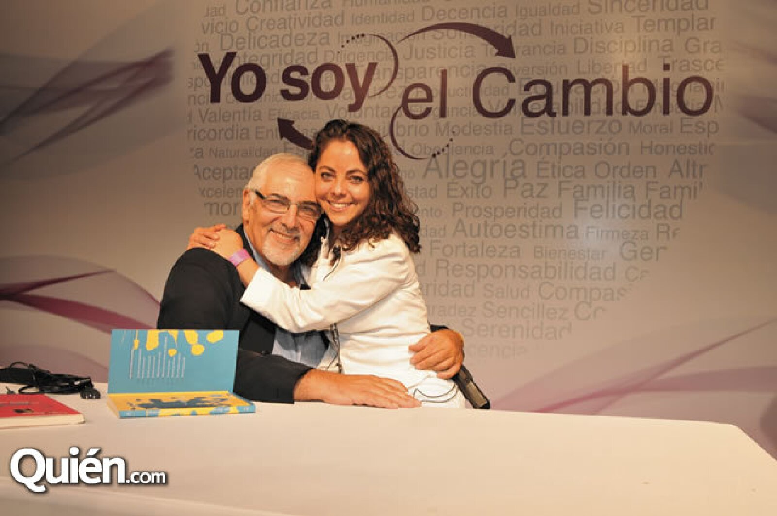 Jorge Bucay y Brenda Casillas