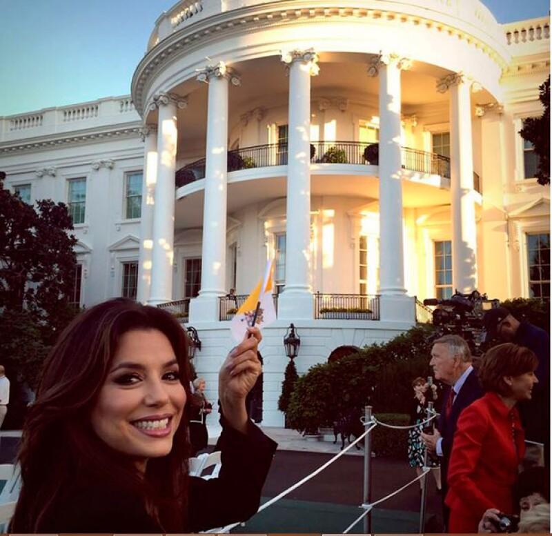 La actriz fue una de las invitadas especiales a la Casa Blanca y compartió en Instagram su emoción por la visita papal.