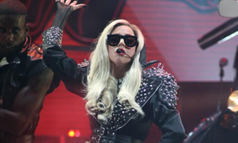 Lady Gaga aseguró que están enlodando su esfuerzo para crear su propio grupo de marcas alrededor de su nombre. (Foto: Reuters)