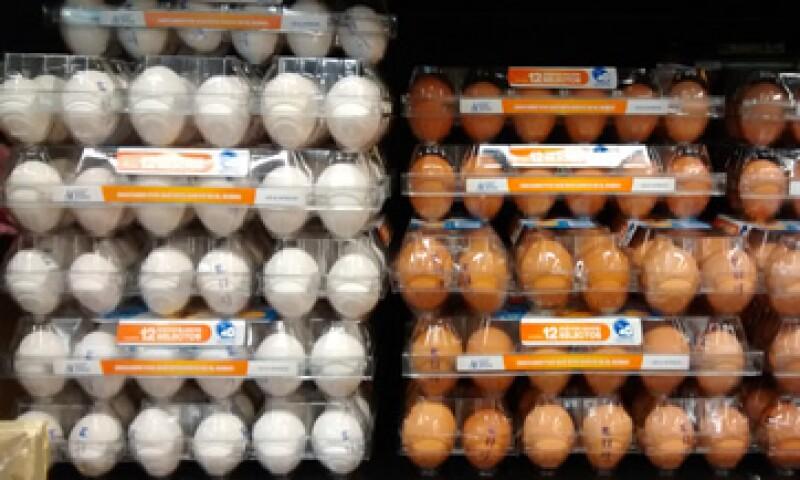 La CFCE investiga presuntas prácticas monopólicas en la comercialización del huevo. (Foto: Cuartoscuro)