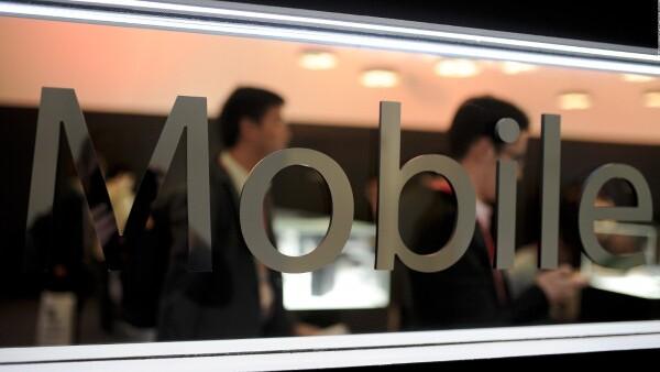 Teléfonos inteligentes brillan en el Mundial del Móvil