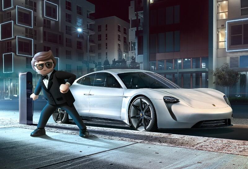 Playmovil Porsche Mission E01.jpg