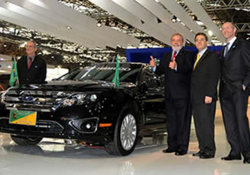 El presidente será uno de los primeros mandatarios en integrar vehículos ecológicos a su flotilla. (Foto: Cortesía Ford)