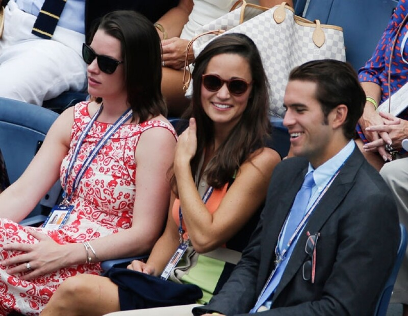 La celebridad británica acudió al noveno día de juego debido a que el tenista la invitó. La hermana de la Duquesa fue acompañada por el hijo del presidente de la U.S. Tennis Association.