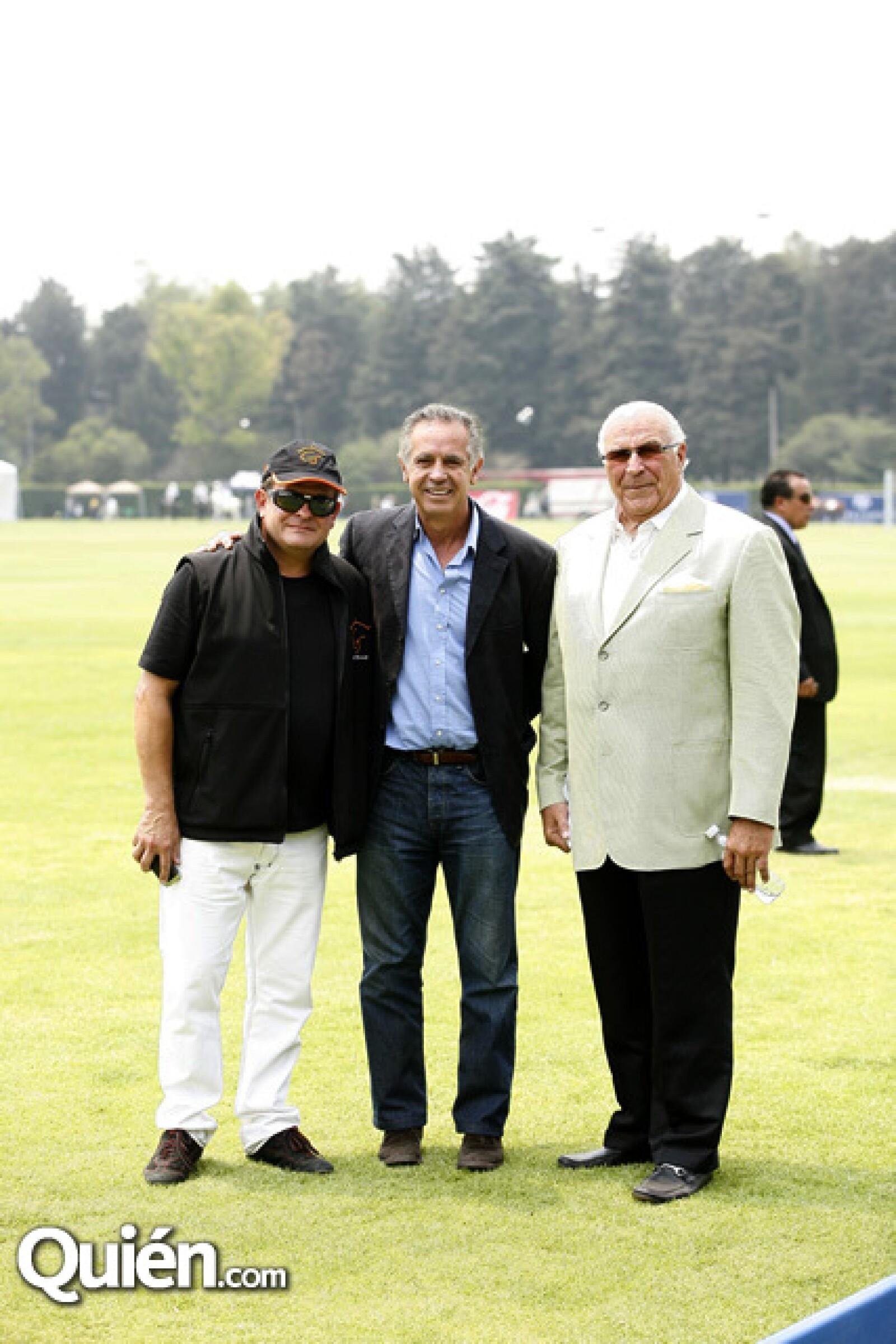 Billy Steta,Carlos Gracida,Anthony Depaula