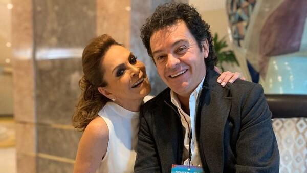 Mara Patricia Castañeda y su prometido Iván Martínez