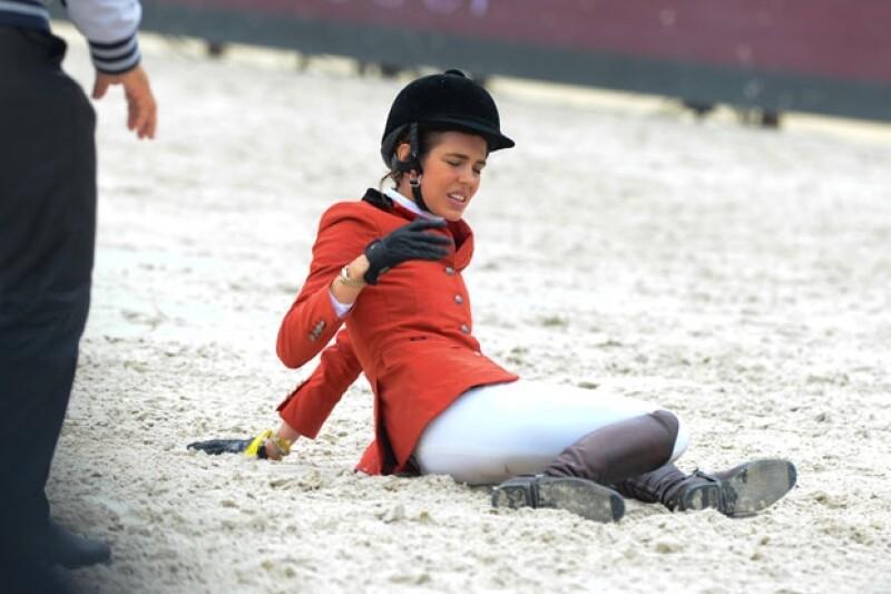 Carlota hizo expresiones de dolor tras la caída.