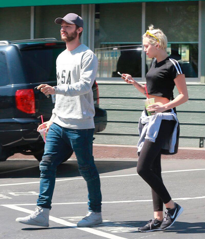 Arnold se pone honesto con lo que pensaba de la relación de su hijo con Miley, además, Channing Tatum confiesa que odió hace G.I. Joe y Shia Labeouf es hospitalizado luego de un accidente en el set.