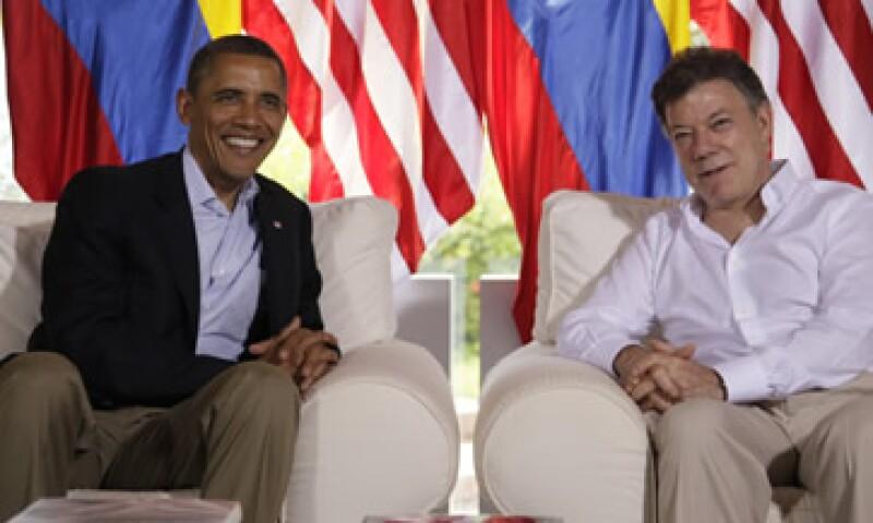Los presidentes Barack Obama de Estados Unidos y Juan Manuel Santos de Colombia. (Foto: AP)