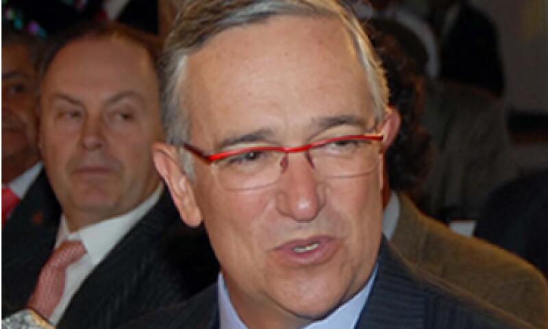 Salinas Pliego rechazó la idea de transmitir el debate entre los candidatos a la presidencia por cadena nacional. (Foto: Notimex)