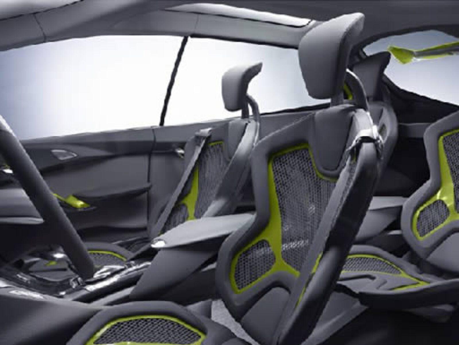 El interior pretende conjuntar la comodidad, estética y futurismo.