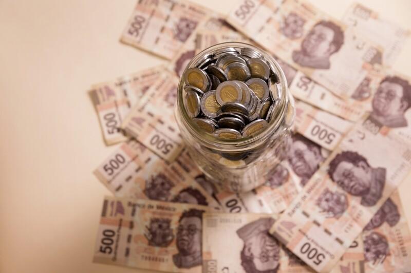 banking mexican pesos