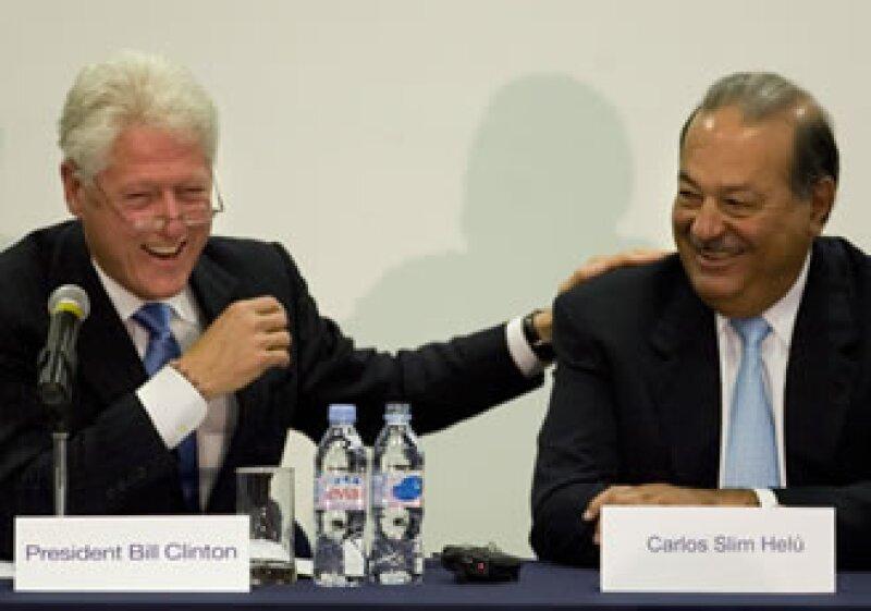 """Bill Clinton y Carlos Slim llevarán el programa de ayuda """"A Ganar"""" al estado mexicano de Chihuahua.  (Foto: Archivo AP)"""