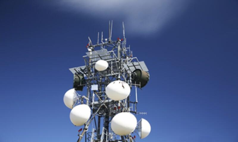 La red que alista la SCT red contempla aprovechar al menos 90 MHz del espectro que fue liberado con el apagón analógico. (Foto: iStock by Getty Images. )