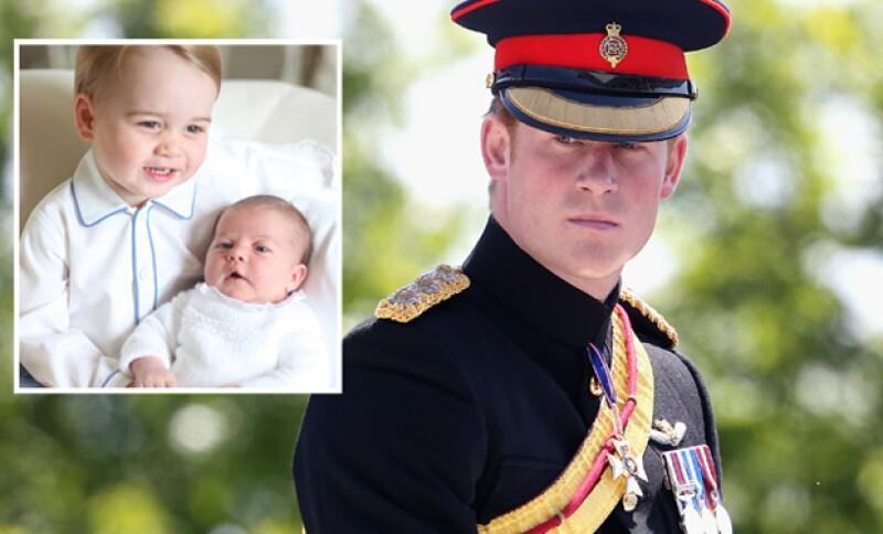 Él mismo se considera un mal tío. Sin embargo disfruta de su libertad y su papel como parte del ejército.