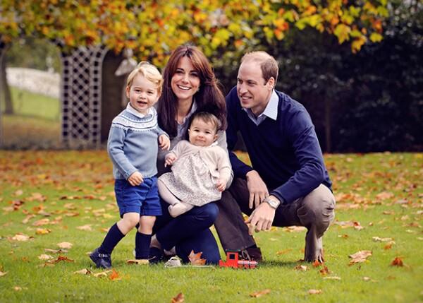 La familia de William es la primera en la línea de sucesión después de su padre, el príncipe Carlos.