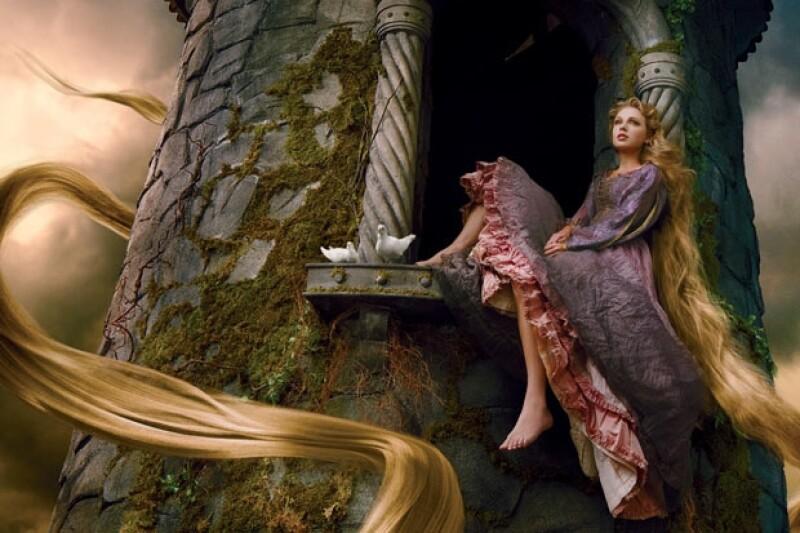La imagen, que forma parte de la campaña publicitaria de Disney de sus películas clásicas, fue lograda por la fotógrafa Annie Leibovitz.