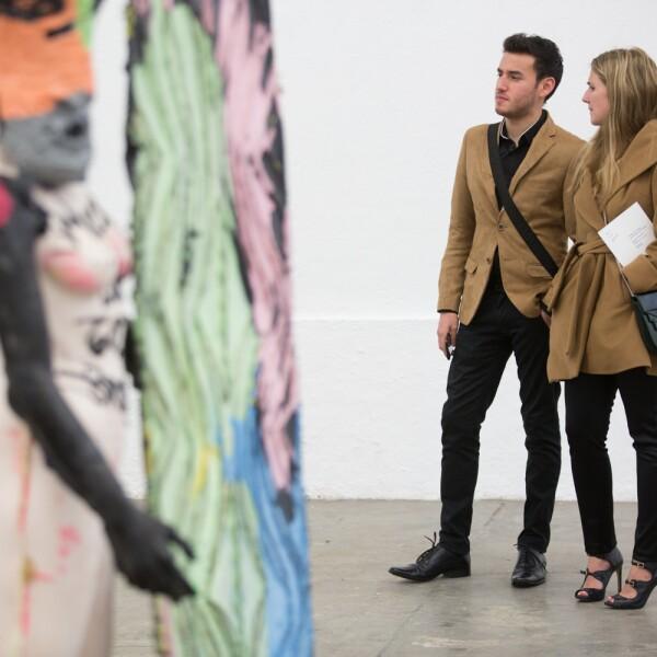 Cocte en galería Luis Adelantado