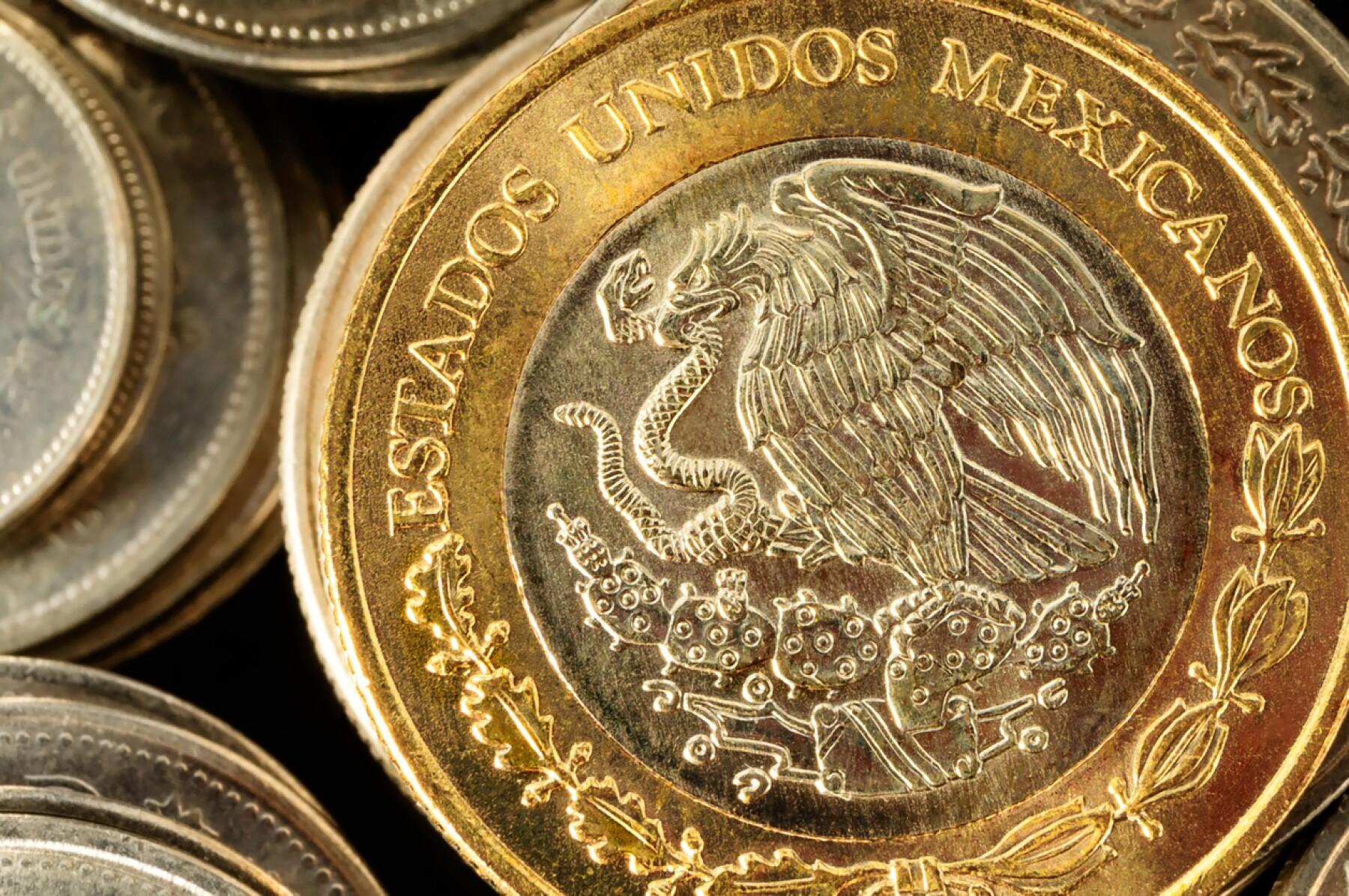 Peso Mexicano Se Hunde En Los Mercados