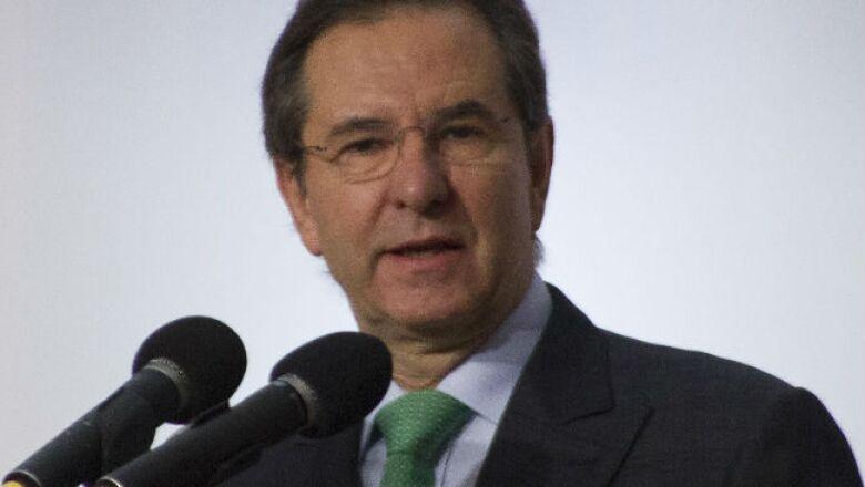 Esteban Moctezuma Barrag�n