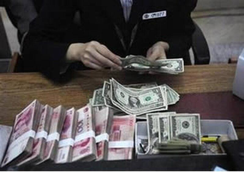 Los economistas esperan que China supere su objetivo de crecimiento de 8% para 2009. (Foto: Reuters)