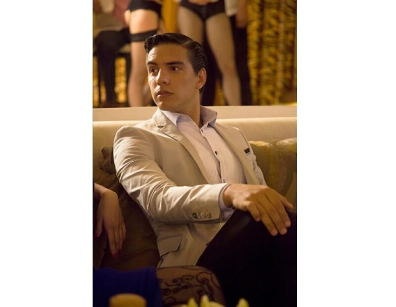 Vadhir Derbez como Max Zaga en Gossip Girl Acapulco