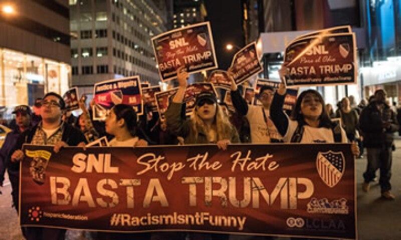 Una organización de latinos protesta en Nueva York por los comentarios racistas de Donald Trump, en noviembre de 2015. (Foto: Getty Images )